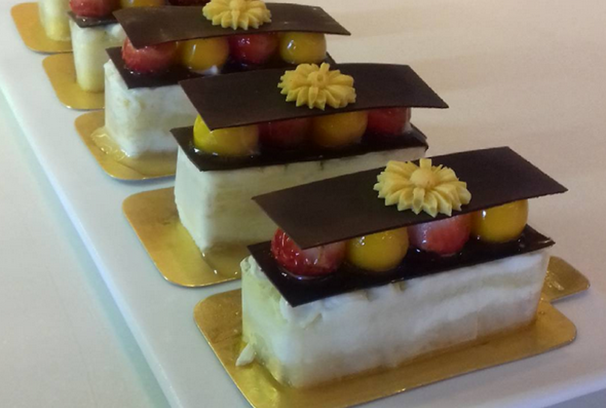 Mango & Strawberry chocolate